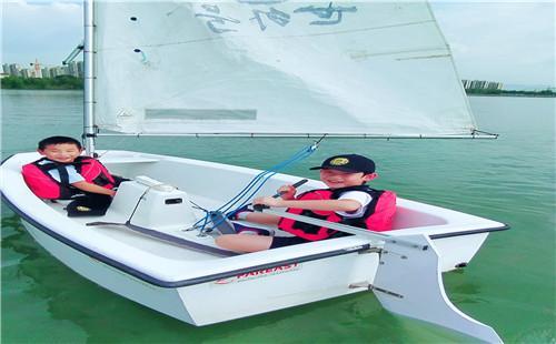 水上运动课程